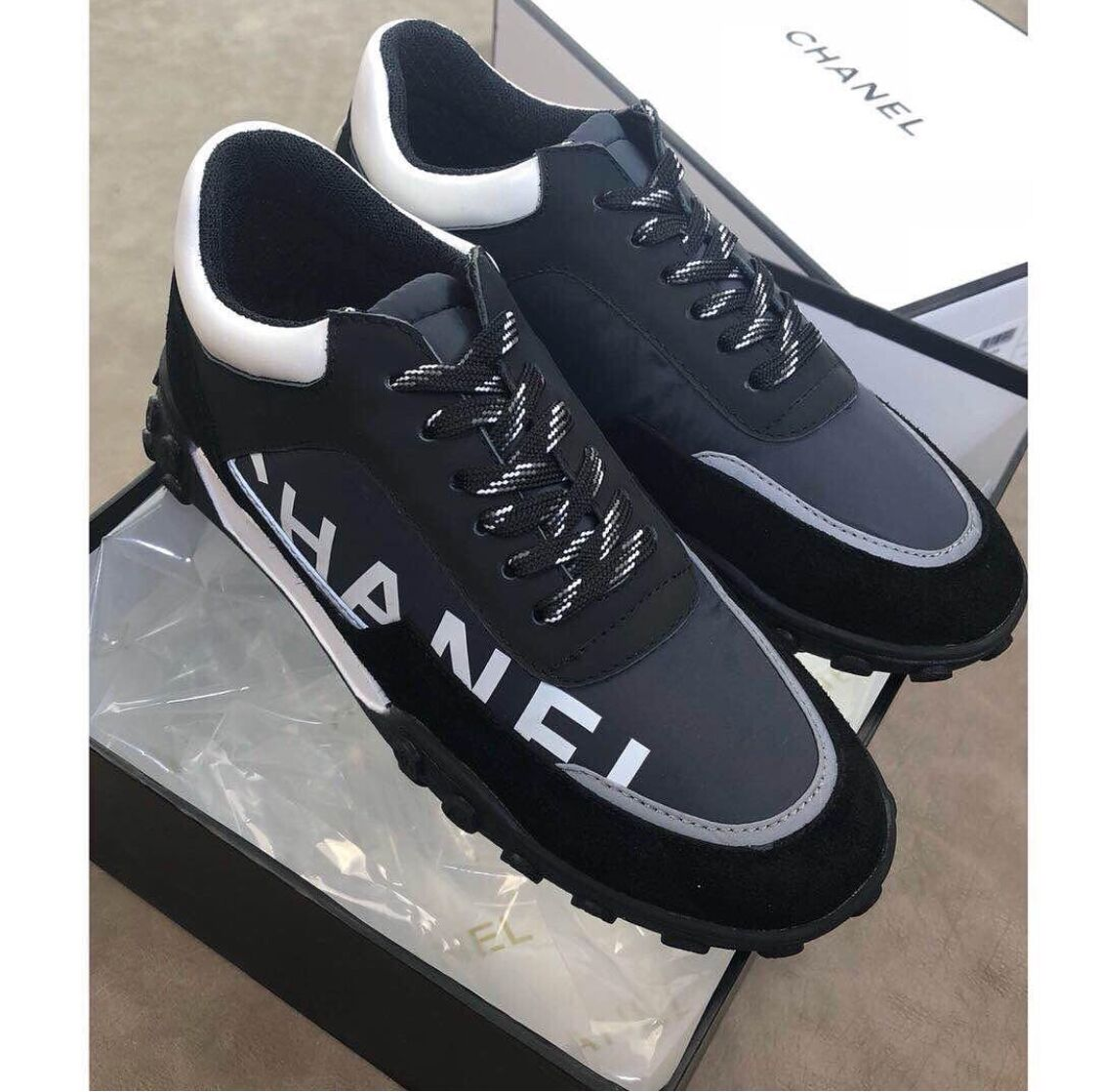 online store b93de 5b50d black men shoes