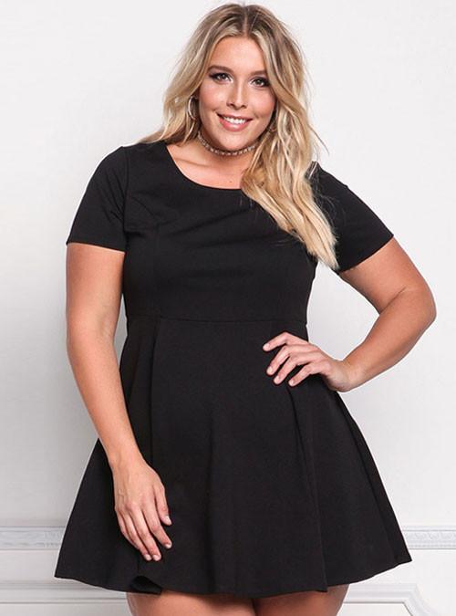 Black Short Sleeve Plus Size Skater Dress