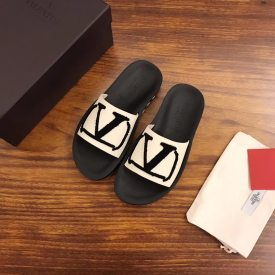 Valentino spring/summer 2019 new brand new VRING series, rubber logo rubber outsole