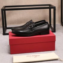 Ferragamo business new imported tire leather