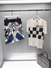 Versace spring/summer 19ss men's short T-shirt and casual shorts combo