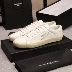 Yves saint Laurent  SL/06Classic Court shoes with classic embroidery letters