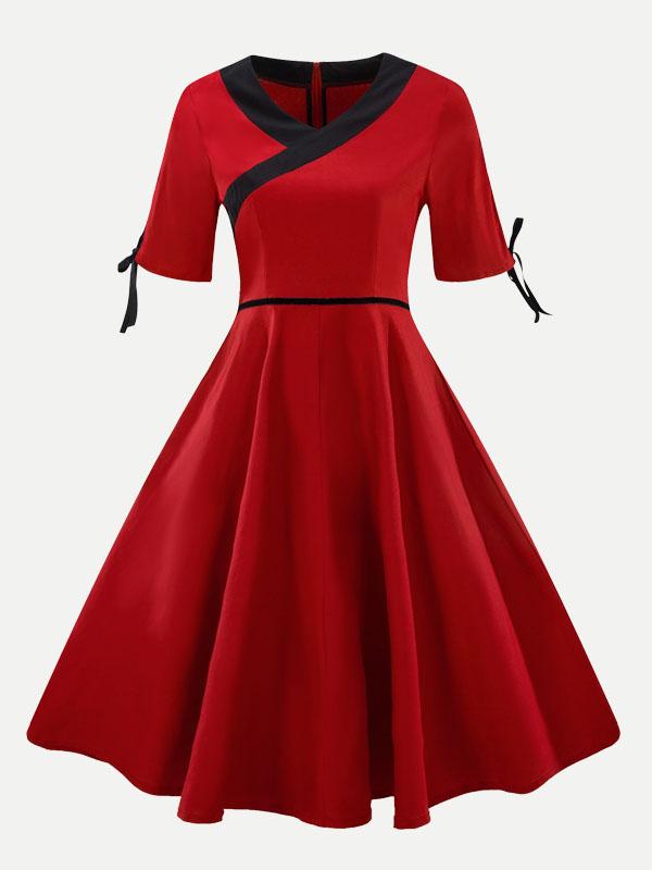 V Neck Color Block Plus Size Skater Dress - Vinfemass