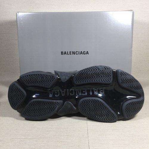 instagram Balenciaga Triple S Neon Ville du Muy