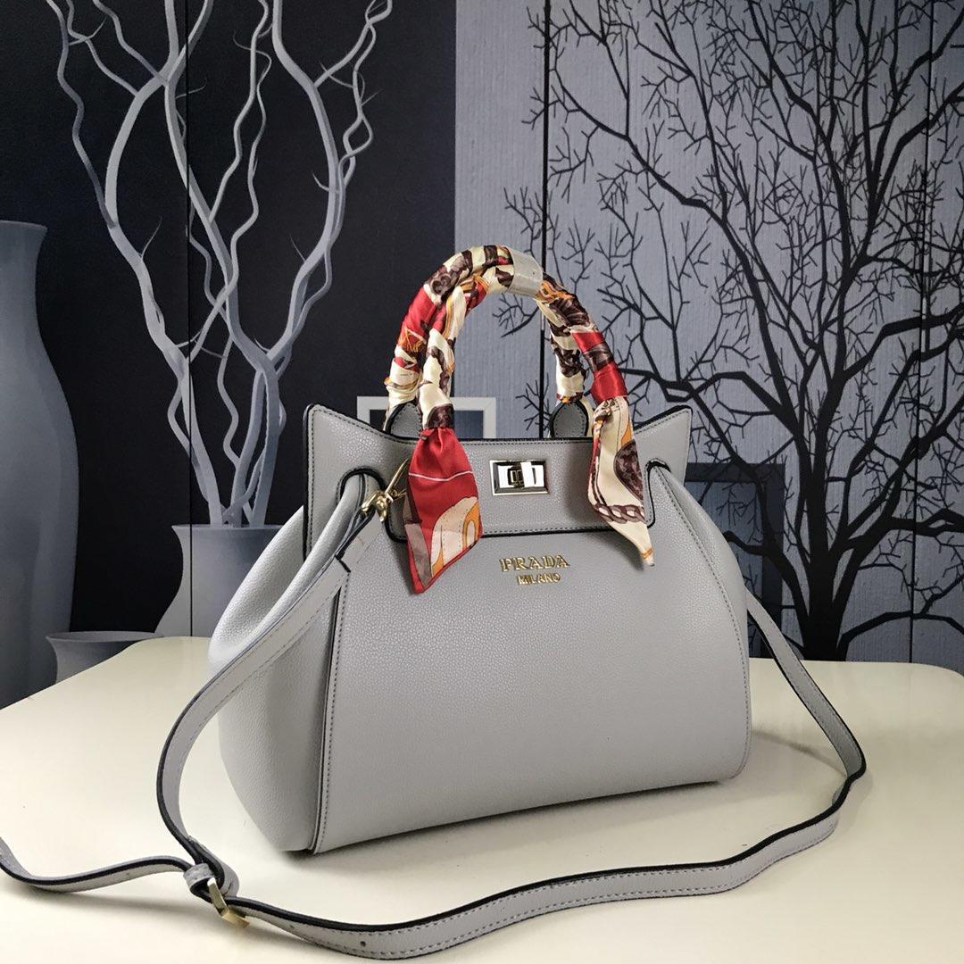 194f99d98d09 Prada Women Handbag Sling Bag Authentic Leather Item NO  gg 9875 Prada C40