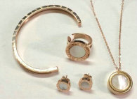 Bvlgari Suit Jewelry (92)