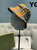 Burberry Bucket Hat (1)