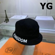 Balenciaga Bucket Hat (1)