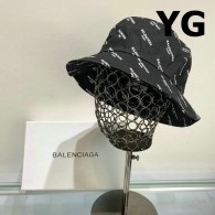 Balenciaga Bucket Hat (2)