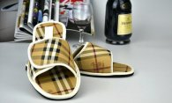 Burberry men slippers (33)
