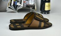 Burberry men slippers (30)