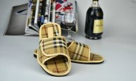 Burberry men slippers (29)