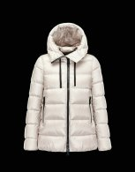 Moncler Down Jacket Women (98)