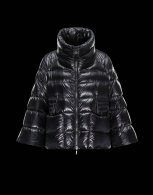 Moncler Down Jacket Women (101)