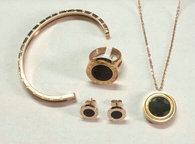Bvlgari Suit Jewelry (93)