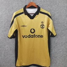 2001  Man Utd Golden Retro Soccer Jersey
