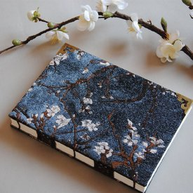 Notebook / Banding Gufeng Oracle Bone Inscriptions and Brocade Satin Cover with Plum Blossom Pattern