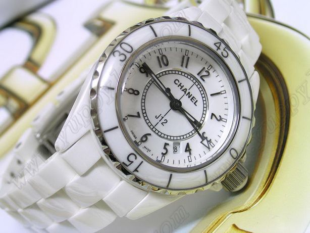 シャネルChanel J12 White Ceramic Ladies Swiss Quartz Taiwan versionクオーツ