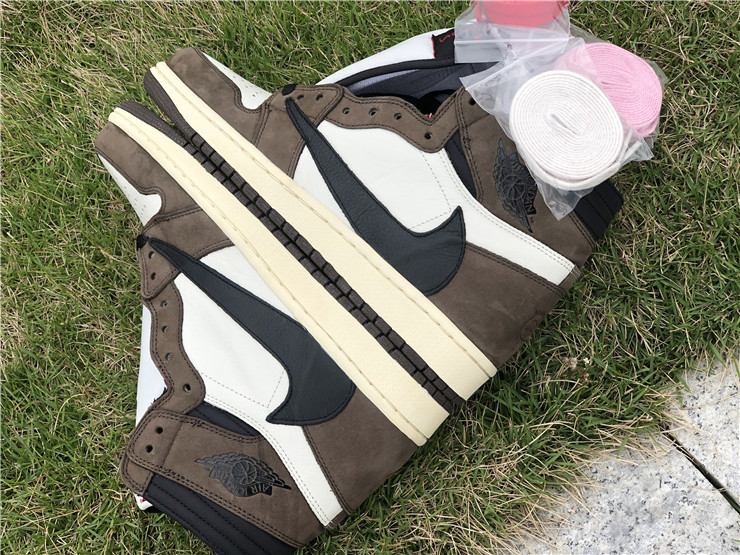 db244b249f8e US  130 - Travis Scott x Air Jordan 1 High OG TS SP - www.topchen123.com