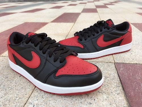 best sneakers 1c471 7aaad Air Jordan 1 Low bred OG size 8-10