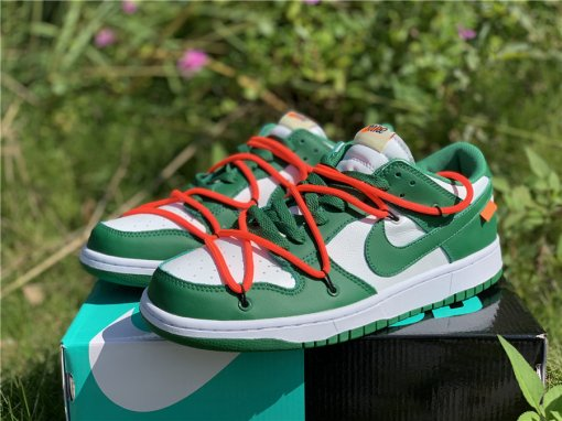Off-White x Nike Dunk Low