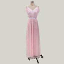 Long dress with shoulder sleeves and suspenders