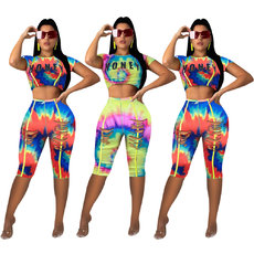 Two-piece set tie-dyeing