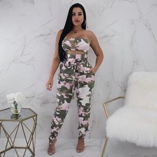 Camouflage straps, sexy trousers, chest-wrapped two-piece suit