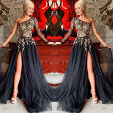 Unilateral Sleeve Inclined Shoulder Embroidered Evening Dress