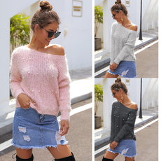 Warm knitted sweater with round collar