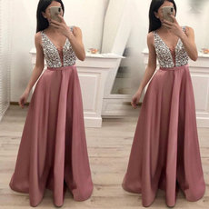 V-collar sleeveless sequined evening dress