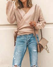 Fashion V-tie long-sleeved knitted sweater