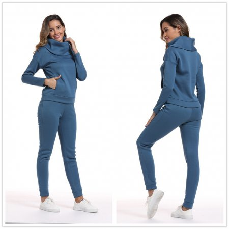 Two-piece jacket with thickened solid colour