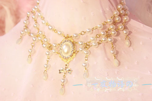 【Night Tales】Elegant white /black pearl lolita necklace
