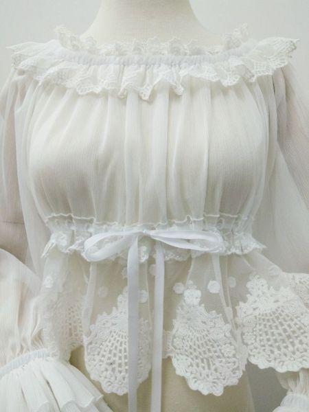 Drop the elastic bubble sleeve Lolita blouse