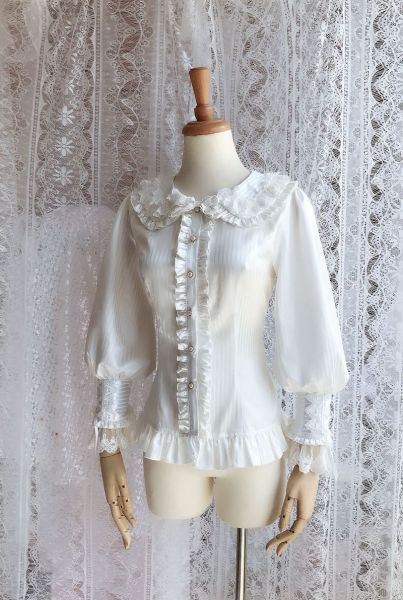 Sweet doll collar and Long sleeve chiffon lolita blouse