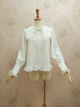 Gorgeous Loliat blouse with square collar and long sleeves