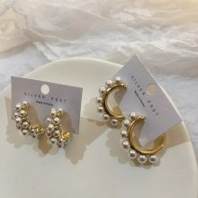 C-shaped pearl silver needle earrings for ladies