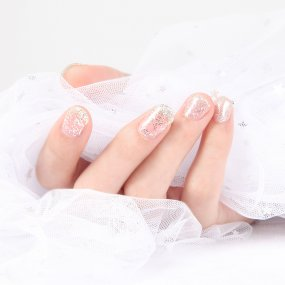 White Silver Gel Nail Polish