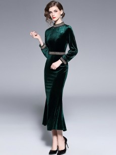 Green Velvet Formal Bodycon Dress