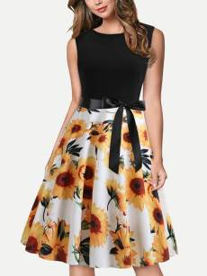Floral Print Sleeveless Flare Dress With Lacing