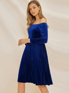 Off Shoulder Pleated Hem Velvet A-line Homecoming Dress