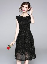 Black Lace Sleeveless Party Dress