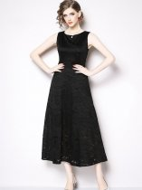 Black Sleeveless Lace Formal Dress
