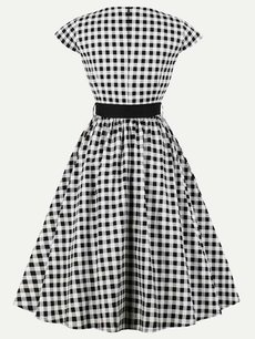 Vinfemass Retro Grid Printed Belt Decor Plus Size Skater Dress