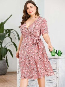Plus Size Pink Floral Lacing Beach Dress