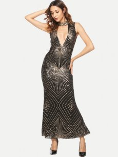 Black Plunge Neck Bodycon Sequin Cocktail Dress