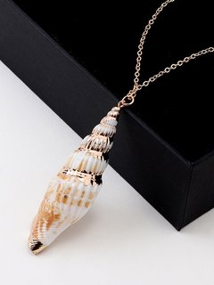 Seashell Gold Chain Necklace