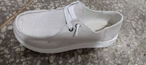 White Solid Canvas Shoes XC696
