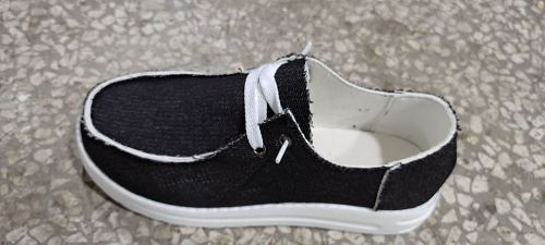 Black Solid Canvas Shoes XC696